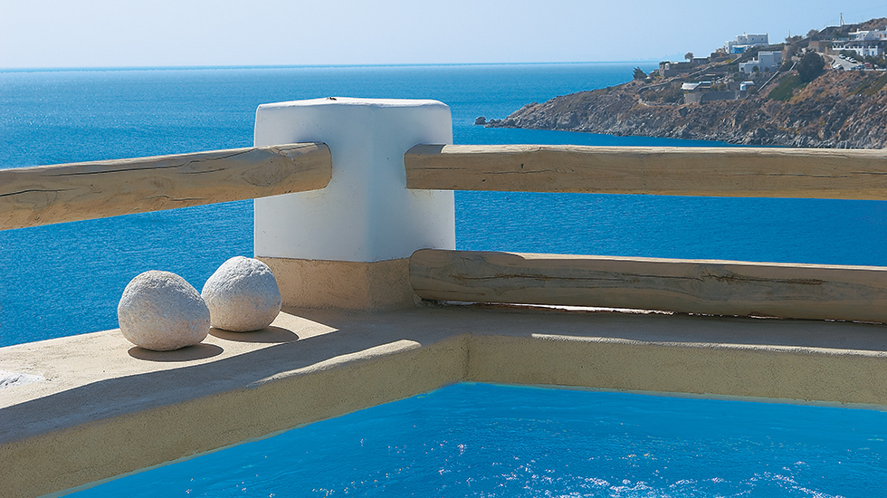 Luxury Bungalow with Private Jacuzzi | Floating on the edge of an Aegean fantasy…
