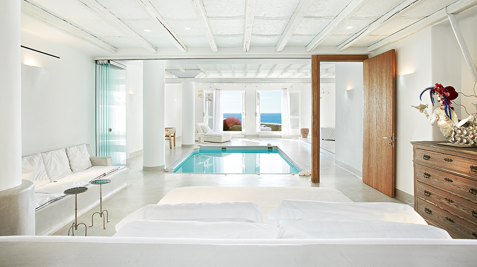 35-Luna-Blu-Suite-with-Private-Heated-Pool-2