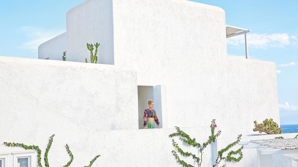Luxury resort Mykonos Blu