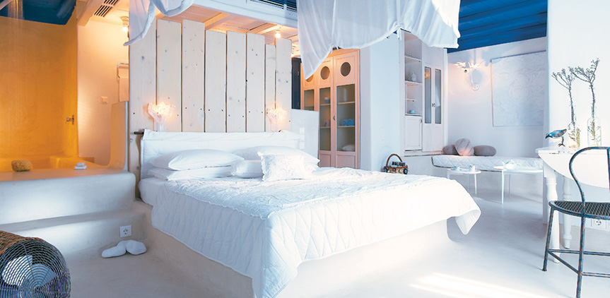 cobalt-blu-villa-king-sized-bed