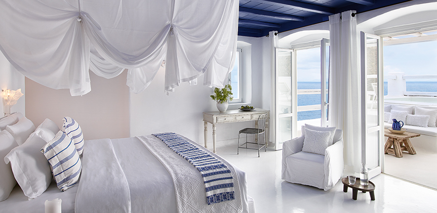 1-deep-blu-villa-master-bedroom-sea-view-with-private-pool