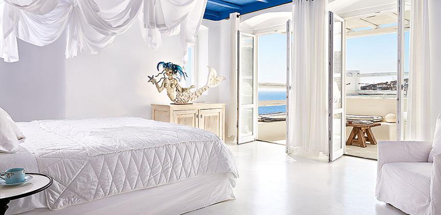 deep-blu-villa-king-sized-bed