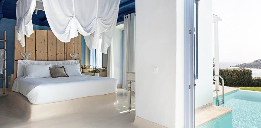 endless-blu-villa-king-sized-bed