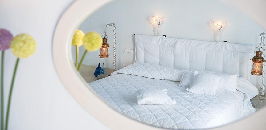 island-blu-villa-master-bedroom