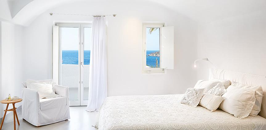 euphoria-suite-master-bedroom-with-sea-view