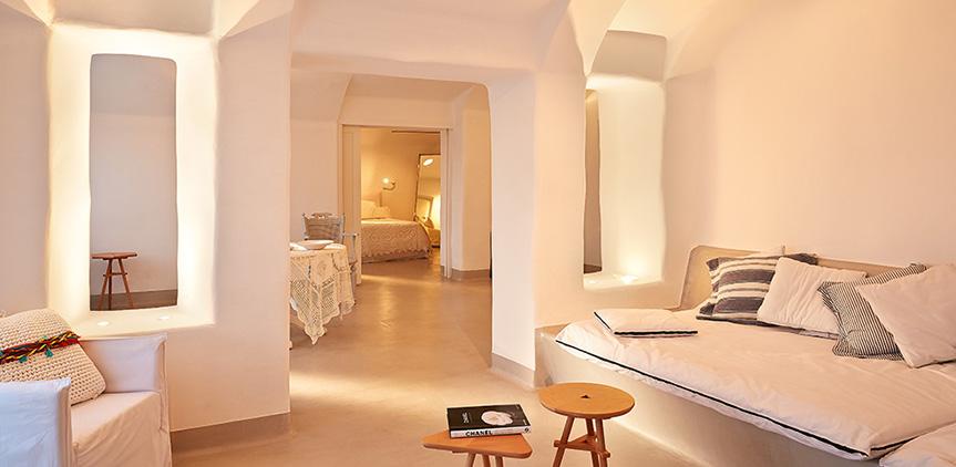 euphoria-suite-spacious-living-and-sleeping-areas