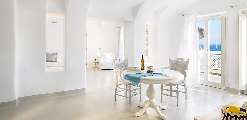 euphoria-suite-ultra-spacious-dining-area