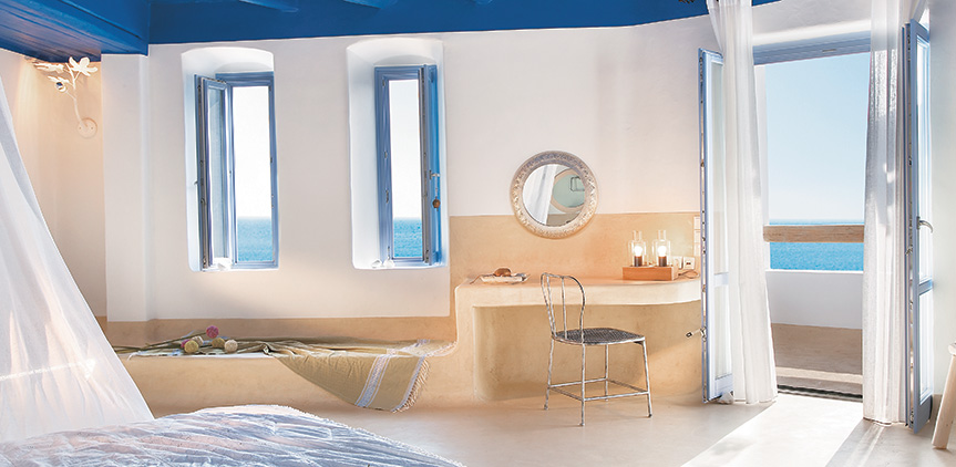 exclusive-bungalow-suite-master-bedroom-faces-the-sea