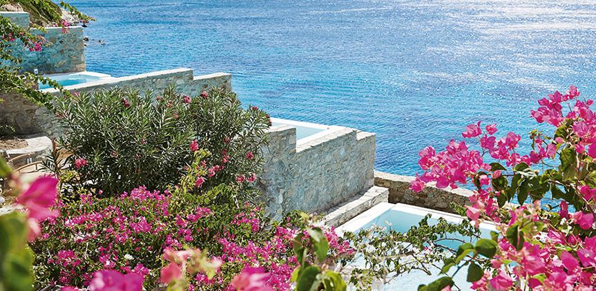 exclusive-bungalow-suite-sea-view