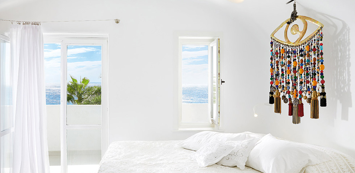 grand-blu-suite-master-bedroom