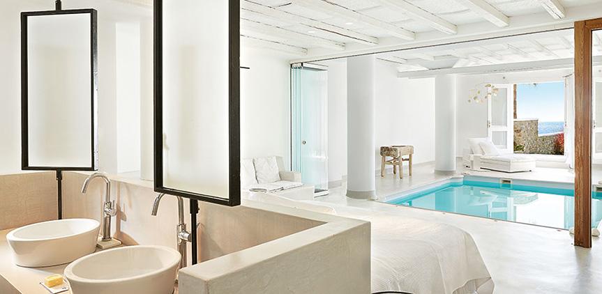 luna-blu-suite-extravagant-bathroom