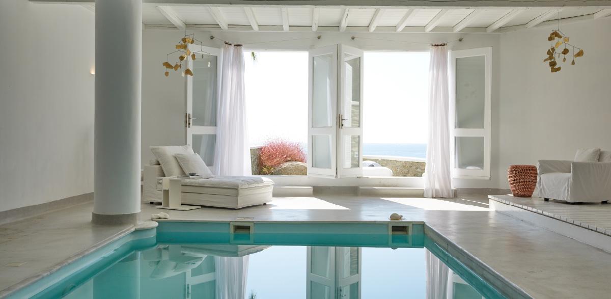 luna-blu-suite-indoor-heated-pool-with-hydromassage