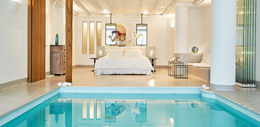 luna-blu-suite-with-private-indoor-pool