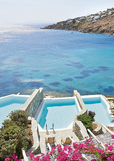 open-plan-suite-with-private-heated-pool-mykonos-blu