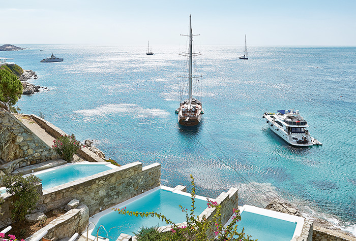 breathtaking-views-of-the-aegean-from-mykonos-blu