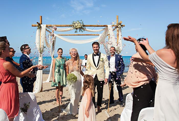 rose-garden-wedding