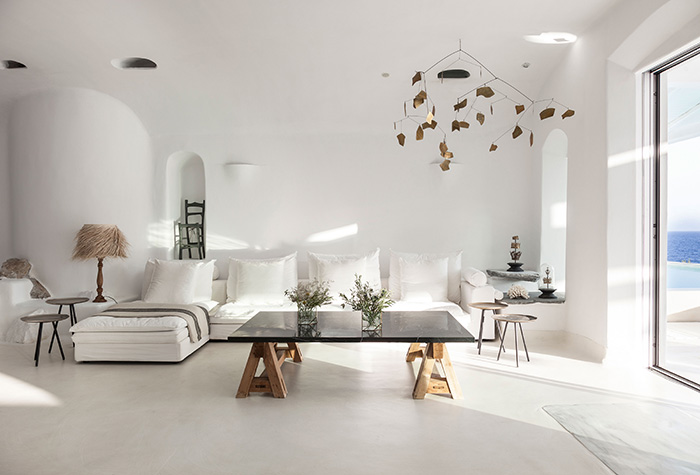 accommodation-at-mykonos-blu