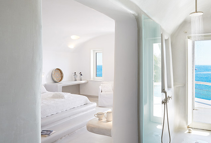 ideal-holidays-for-kids-and-family-at-mykonos-blu