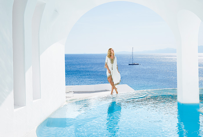 organise-your-weddings-at-mykonos-blu