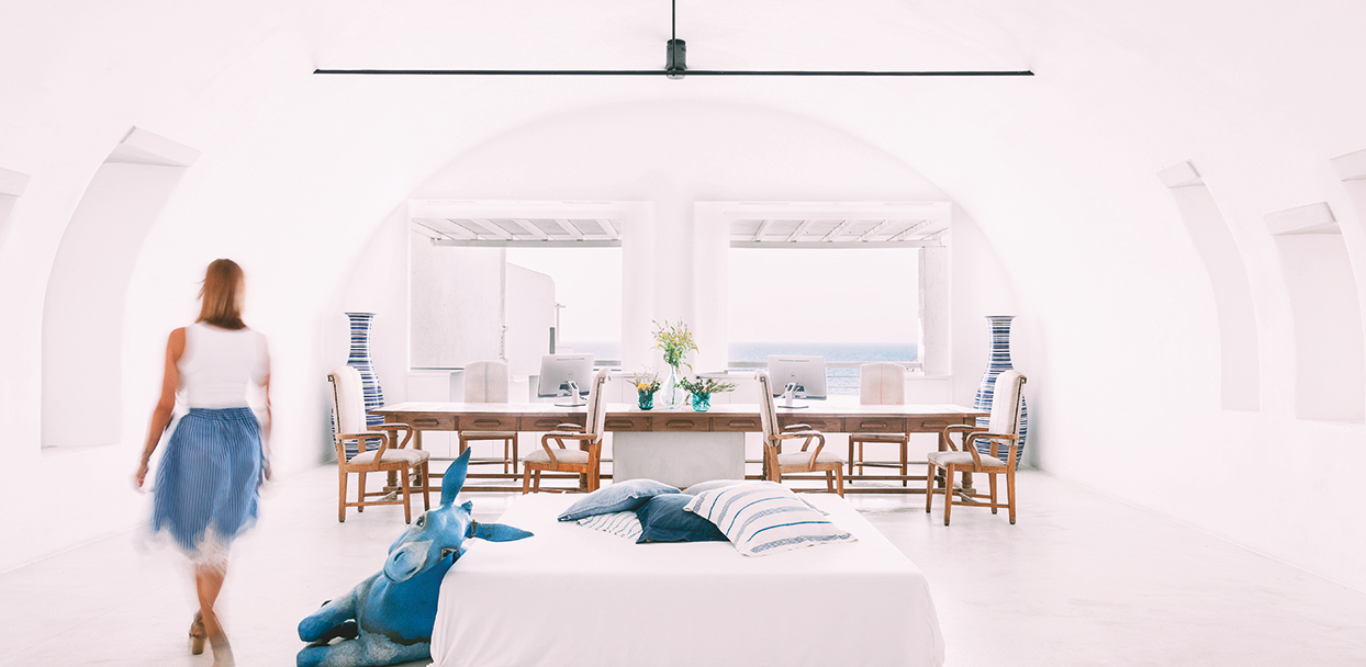 mykonos-blu-meetings-offers