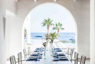 05-special-dining-mykonos-blu