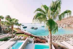 11-magnificent-views-of-psarou-beach-at-mykonos-blu