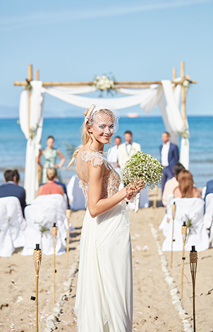 25-celebrate-your-wedding-at-mykonos-blu
