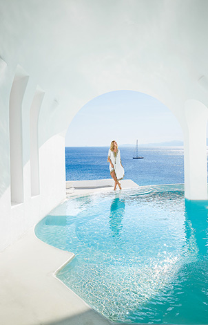 33-luxury-living-at-mykonos-blu