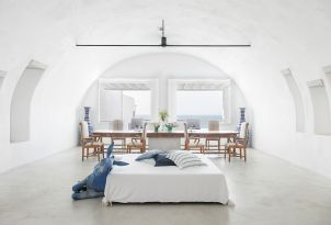 49-welcome-to-mykonos-blu