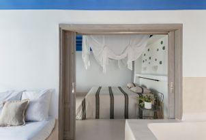 50-comfortable-and-luxury-living-mykonos-blu