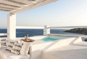 53-dining-with-aegean-views-mykonos-blu