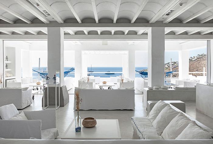 delos-lounges-mykonos-blu